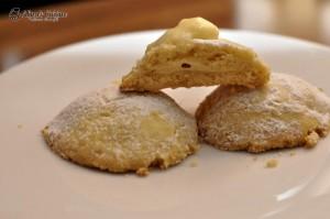 Biscuiti de casa cu crema de lamaie