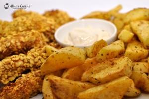Crispy strips (la cuptor) si cartofi wedges