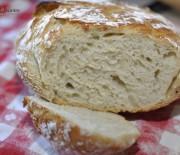Pâine fără frământare – ca pâinea pe vatră!