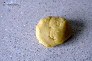prajitura cu foi cu miere si crema caramel 016