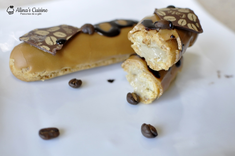 Ecler cu crema de cafea si glazura fondant featured image
