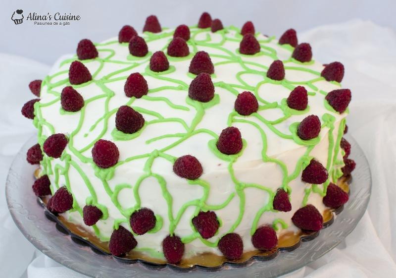 Tort cu crema de lamaie si jeleu de zmeura 020