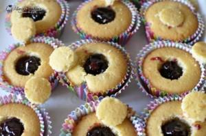 cupcakes cu visine 004