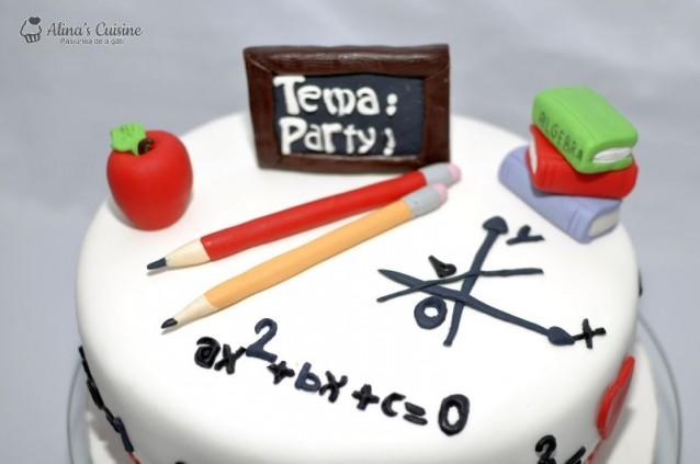 """Tort """"We love Maths"""" – tort cu crema de ciocolata si crema de cafea"""