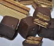 Napolitane de casa cu crema de nuca si crema de ciocolata