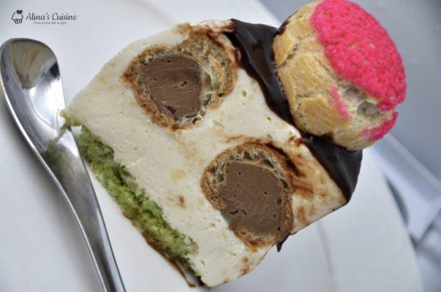 Tort  cu sarlota diplomat, umplut cu choux-uri cu crema cappuccino si ciocolata