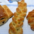 Pain au chocolat, croissant fraged-pufos, fundite impletite